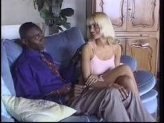 Anita Blond fucks with Sean Michaels.