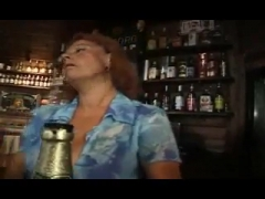 Mature nympho in bar wants to get fucked.