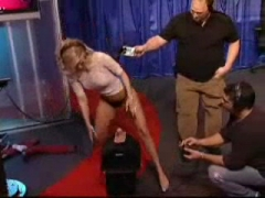 Jenna Jameson tries the fuck-machine on TV.