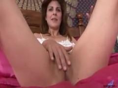 MILF closeup pussy masturbation.