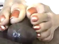 Hot N Oily Ebony Footjob.
