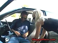 Blonde likes outdoors doggystyle